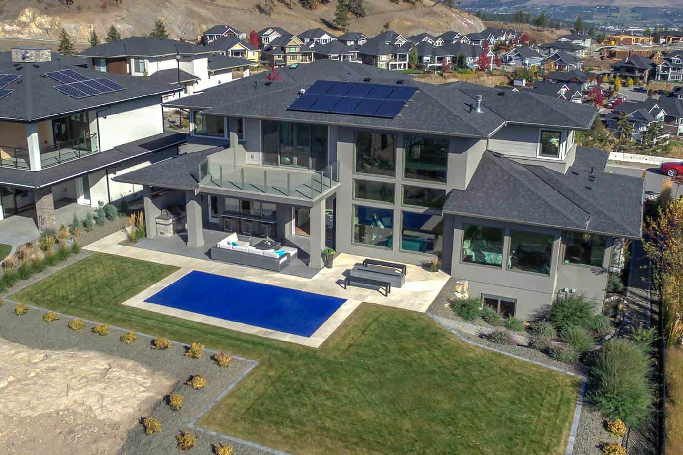 Authentech-Homes-Rocky-Point-Showhome_back-view