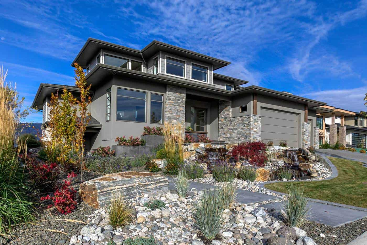 Authentech-Homes-Rocky-Point-Showhome_front-view